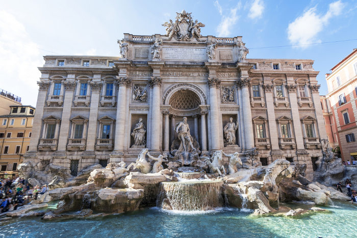 One of the best tourist attractions in Rome: Trevi fountain