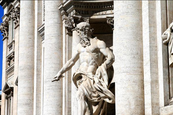 trevi-fountain-rome-ocean-statue