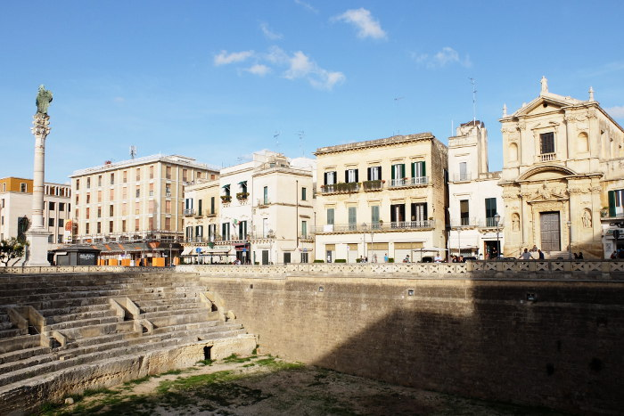 roman-amphitheater-lecce-southern-italy
