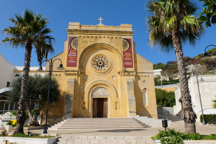 santa-cesarea-terme-church-puglia-salento
