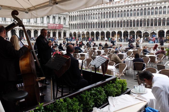 cafe-florian-orchestra-venice-italy
