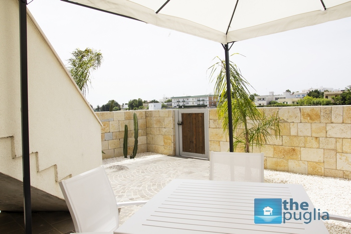 studio-apartment-boutique-puglia-rentals-garden